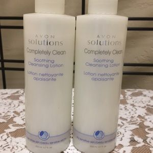 Avon Solutions Completely Clean Cleansing Lotion